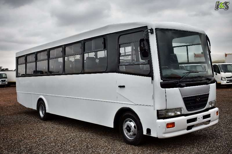 Nissan UD 38 Seater
