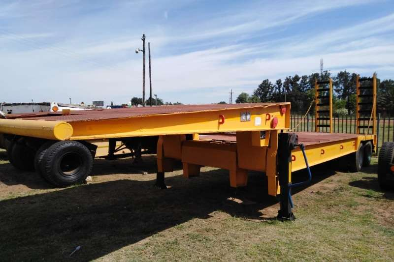 Other double axle low bed Trailer