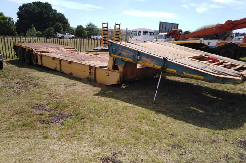 Other Auger bulk trailer Tri axle low bed Trailer Trailers