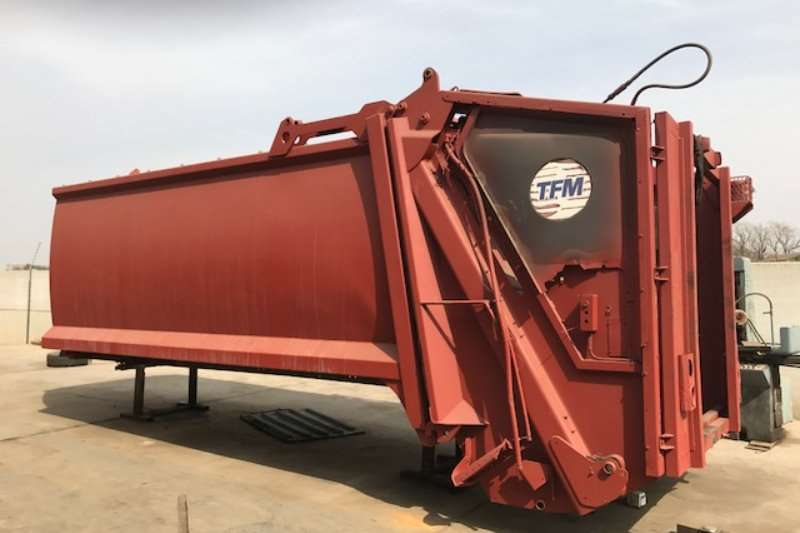 Other Compactor TFM HC300 Truck