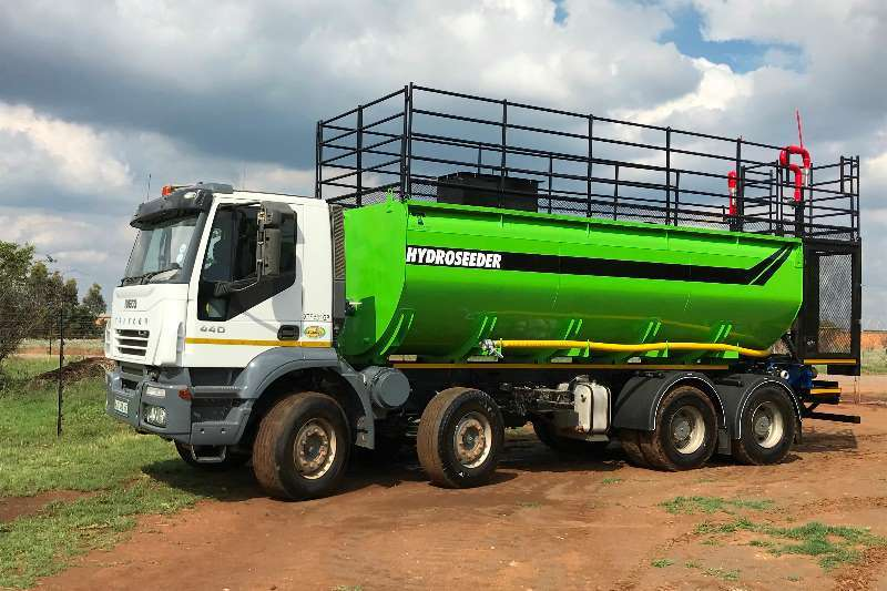 Other Other IVECO Hydro Seeder 8X4 Trakker S/R Tankers Truck