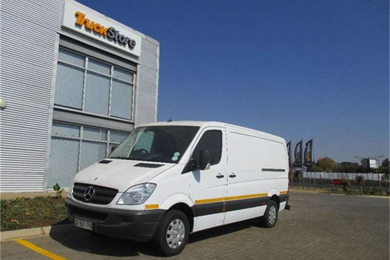 Others Mercedes Benz Sprinter 311CDI Panel Van Mercedes Benz 2013