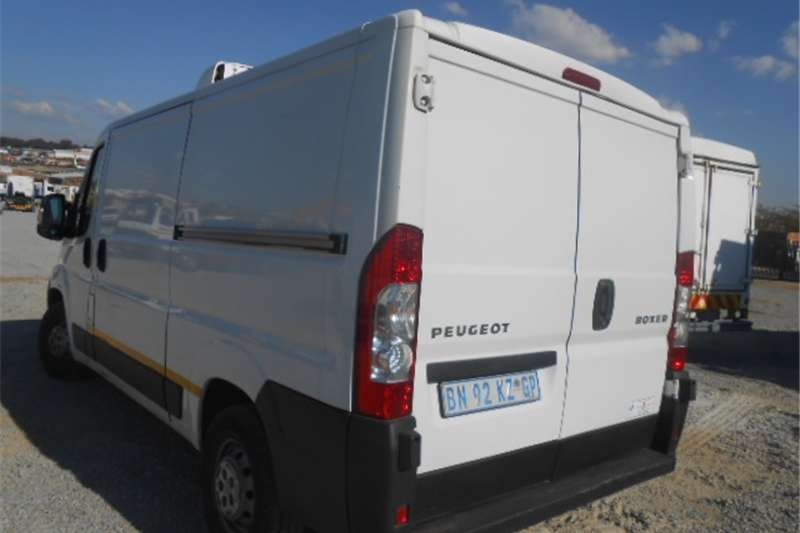 Peugeot Boxer Buses Panel Van with Refrigerated Unit 2011