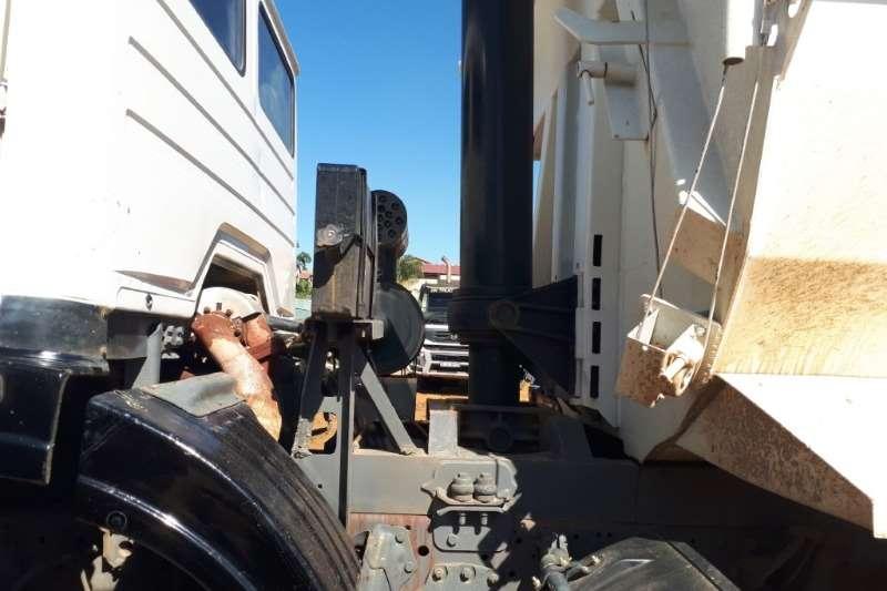 Powerstar Twinsteer with Tipper Bin Truck