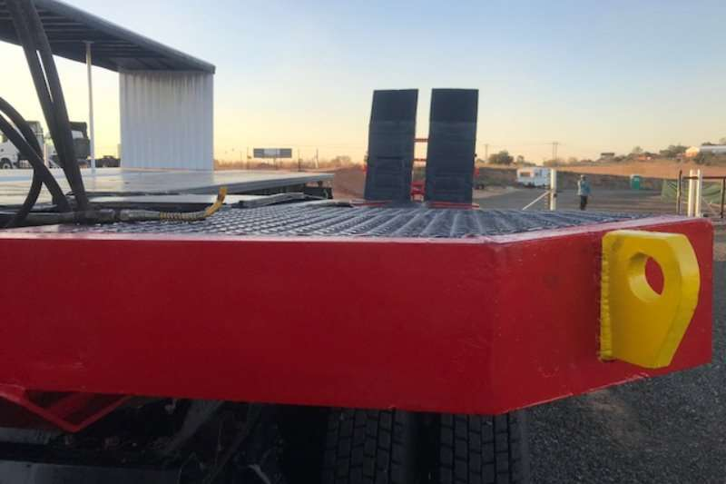 SA Truck Bodies Lowbed