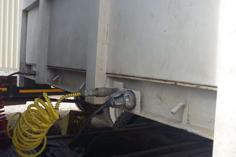 SA Truck Bodies SA Truck Body Flat-deck Links x2 Units Available