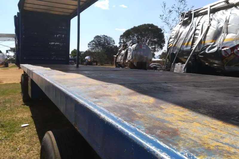 SA Truck Bodies Tautliner 6/12 Trailers