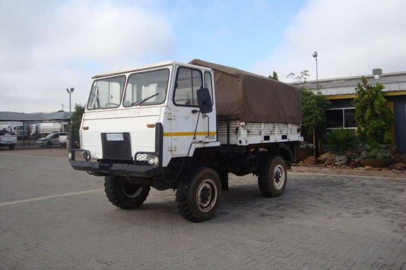 Samil Passanger carrier SAMIL 20 CANVAS BODY WITH PERSONEL SEATS 4X4 Truck