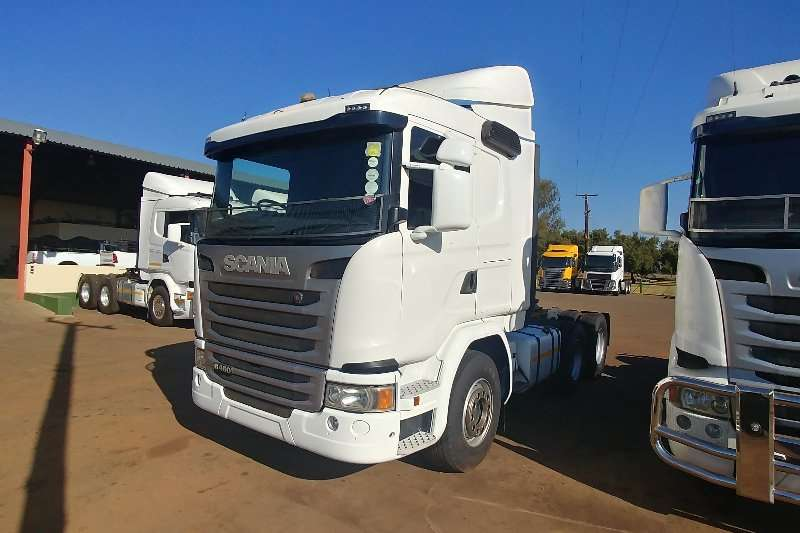 Scania Double axle 2015 Scania G460 Truck-Tractor