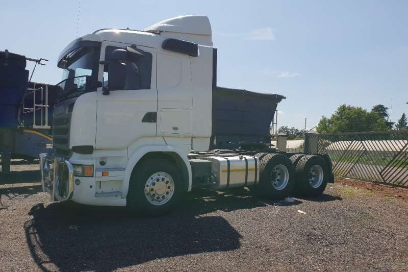 Scania Truck-Tractor Double Axle R500 2015