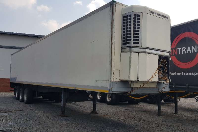Serco 15m Tri-Axle Fridge Unit