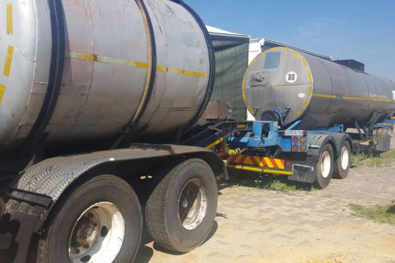 Tank Clinic Oil claded tanker 29000LT OIL Tanker with PUP Trailers