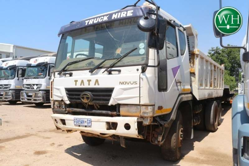Tata Novus K5DEF 6x4 10m3 Tipper