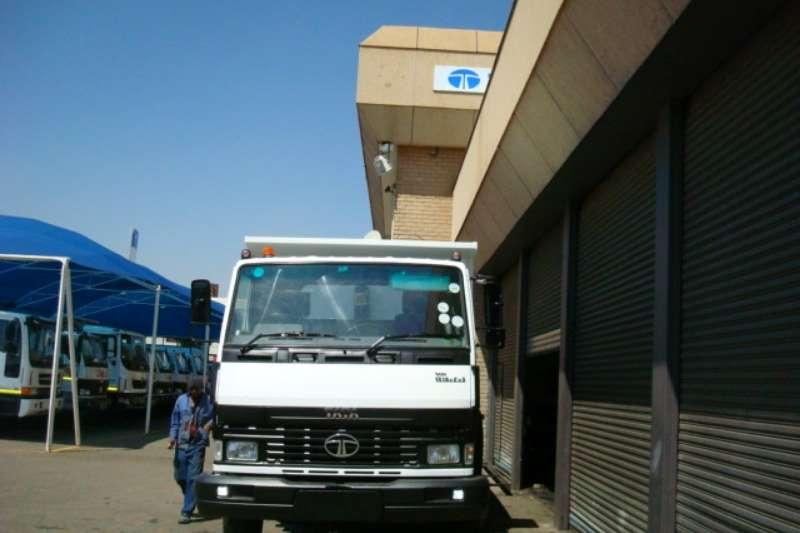 Tata Tipper 2012 TATA LPK 1518 6 CUBE TIPPER Truck