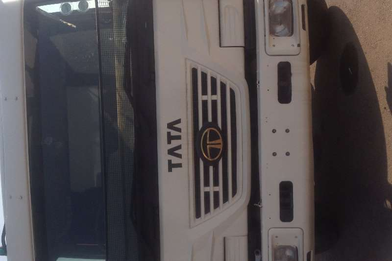 Tata Truck Tipper 5542 10 Cube tipper 2008