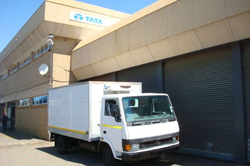 Tata Van body 2007 TATA LPT 713 REFRIGERATED BODY Truck