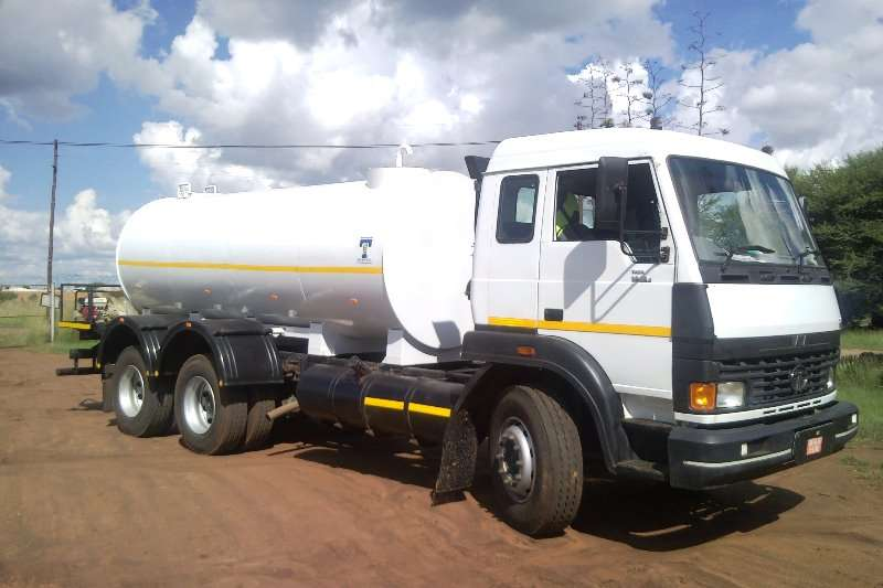 Tata On road water tankers Water bowser