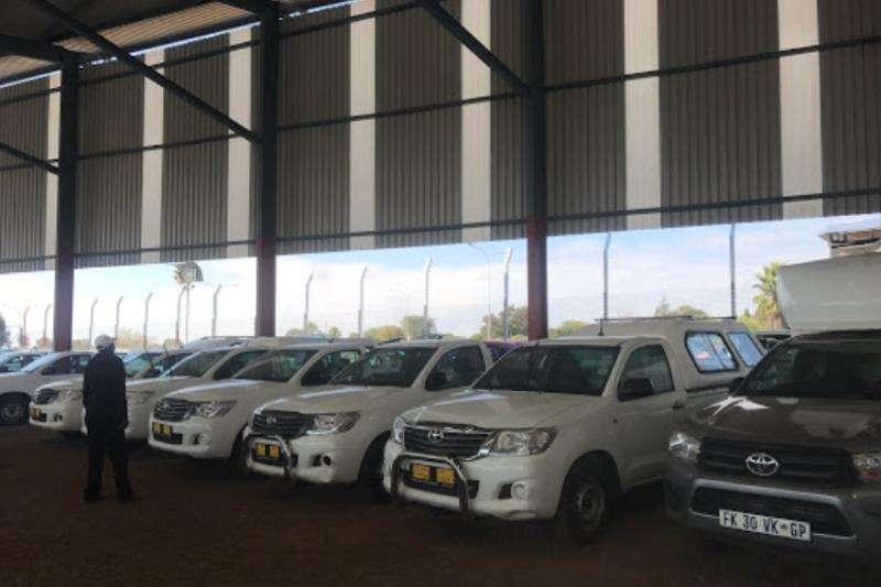 Toyota HILUX RAIDER LDVs & panel vans
