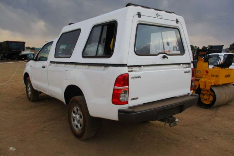 Toyota TOYOTA HILUX 2.5 D4D WITH CANOPY LDVs & panel vans