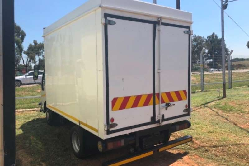 Toyota Closed body 2013 TOYOTA DYNA 4093 80ooo kms R199000 Truck
