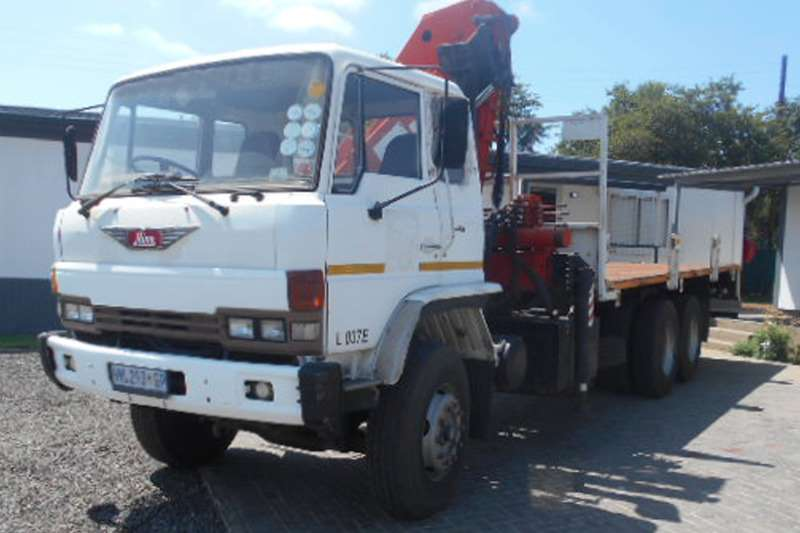 Toyota Crane truck Hino 26 240 Truck