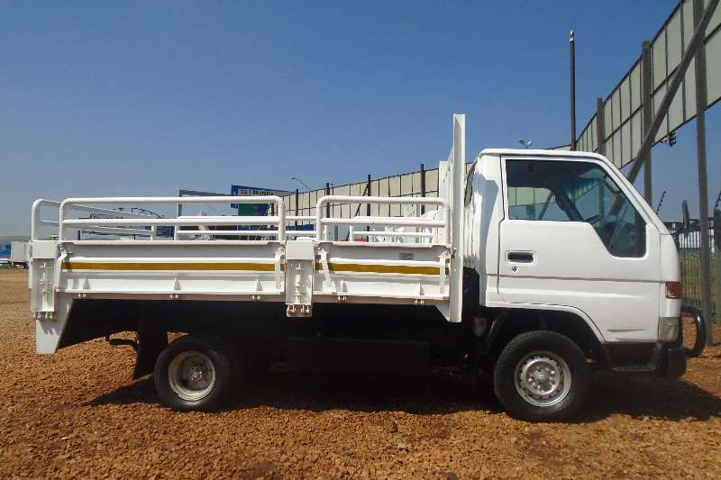 Toyota Dropside 1.5TON DYNA 4 093 Truck