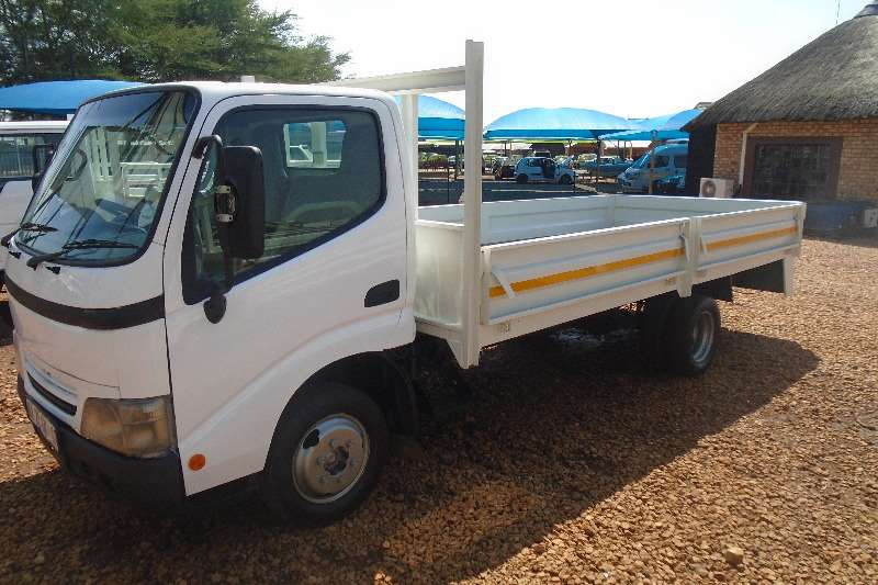 Toyota Dropside 1.5TON DYNA DRIVING SCHOOL Truck