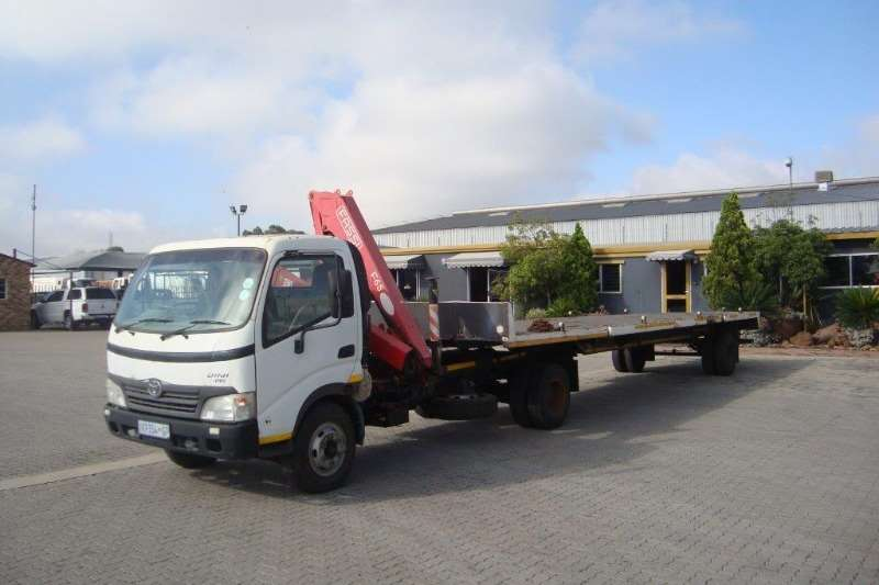 Toyota Truck-Tractor Single Axle TOYOTA DYNA 7-145 PONY WITH TRAILER INCLUDED 2008