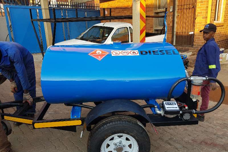 1000 liters in stock Trailers