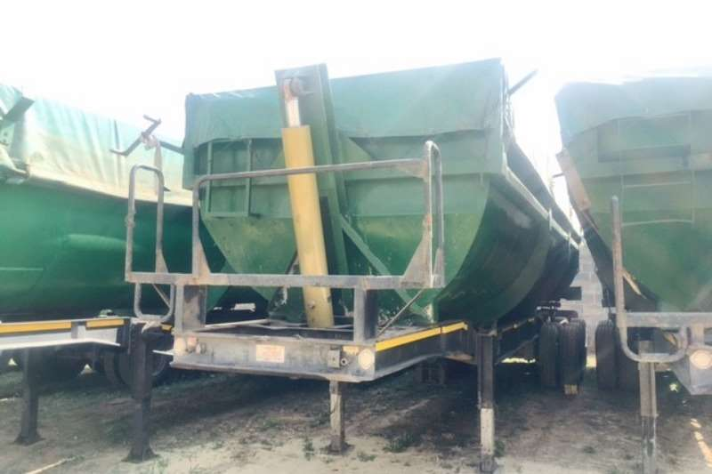 Afrit Tipping bulk trailer 30Cubic Slopper Tipper Trailers