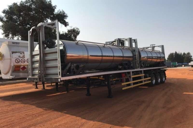 Trailers CTS Stainless Steel Tank ( Demo Model) Tri axle food grade Return Hauler 2015