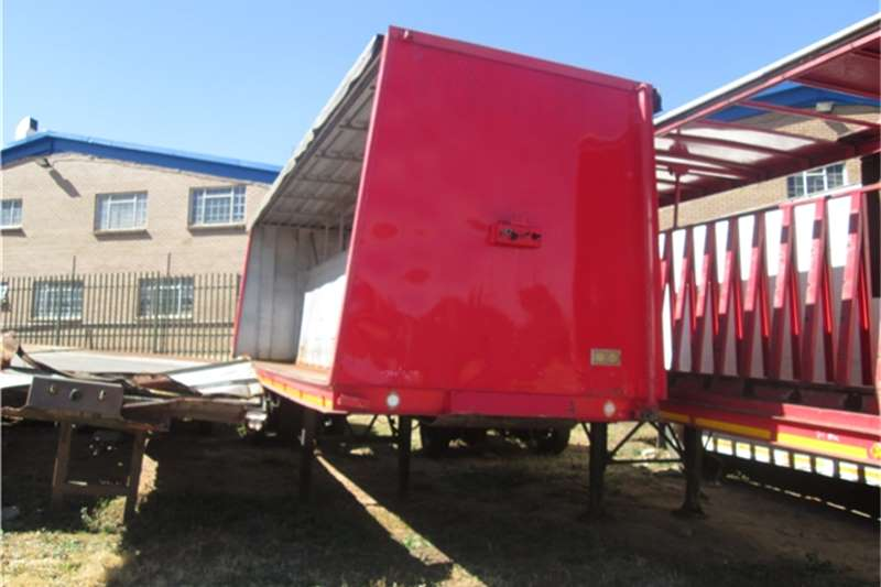 Trailers Henred 8.5m Beverage Tautliner 1993