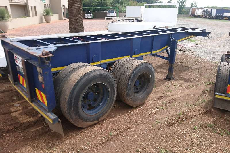 Trailers Henred Double Axle 6m Skeleton 2010