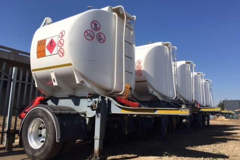 Trailers Henred Fuel Tanker HENRED 7000LT FUELTANKER PUP TRAILERS 2014