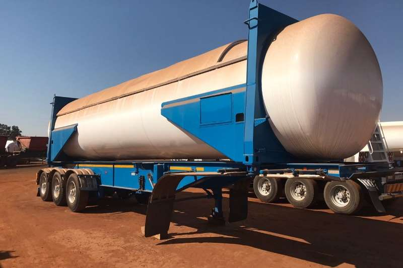 Trailers Henred Tri-Axle Used 38m2 Gas Tanker Available 1998