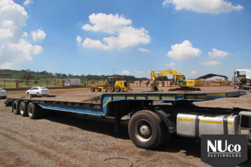 Trailers Homebuilt TRI AXLE SEMI STEPDECK LOWBED WITH RAMPS 0