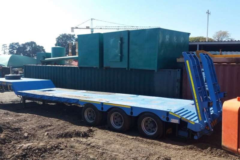 Trailers Martin Lowbed 3 axles Hydraulic Ramps 2013