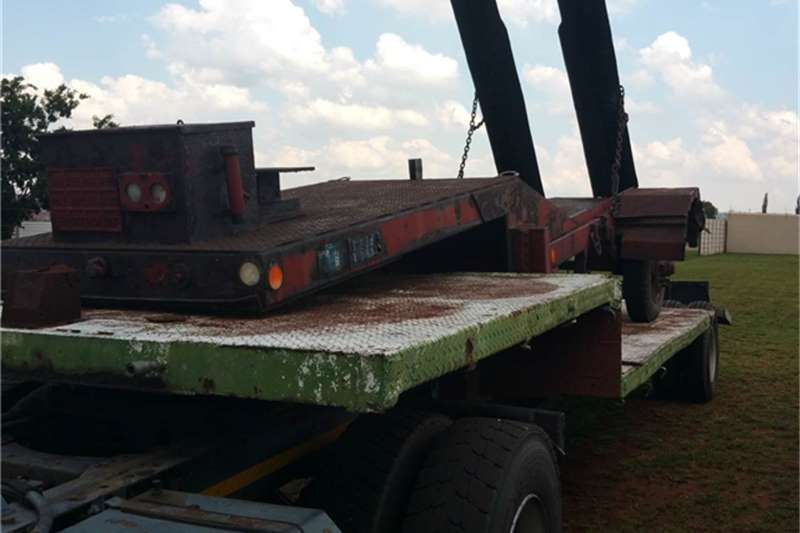 Trailers Other Forklift Trailers 1990