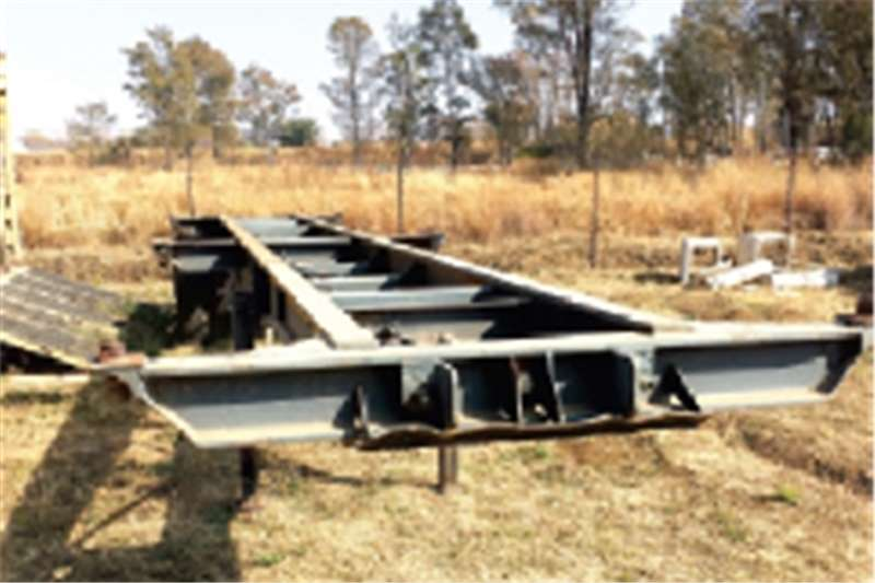 Trailers Other Skeletal 12M 0