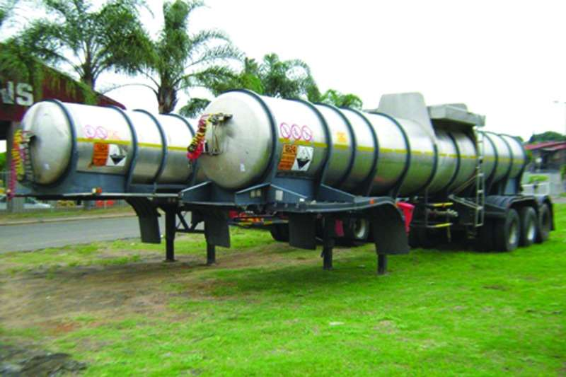 Trailers Other Stainless Steel Tank Tri-Axle Stainless Steel Tanker 1999