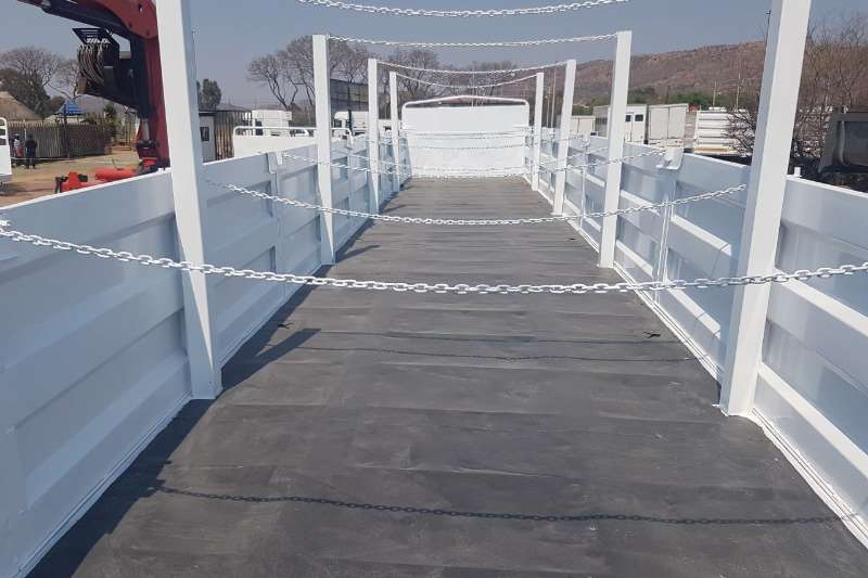 Trailers SA Truck Bodies Flat Deck 14 m Flat Deck with Mass sides 2002