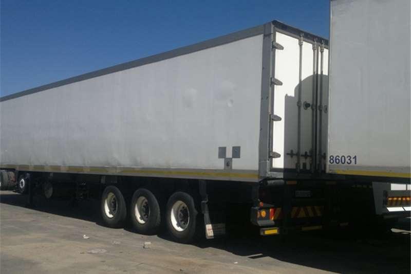 SA Truck Bodies Insulated fridge unit FRIDGE CLOSED BODY . Trailers