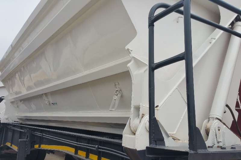 Trailers SA Truck Bodies Side Tipper Side tip link 2007