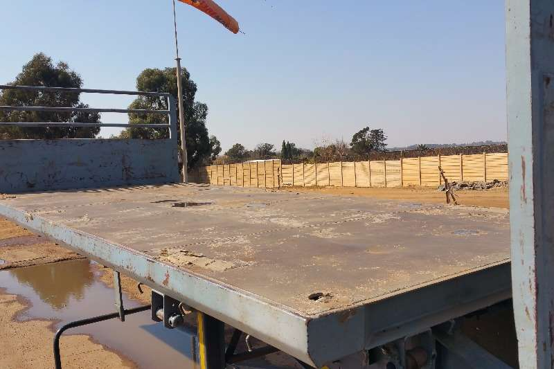 Trailers SA Truck Bodies Superlink Superlink Flatdeck air susp 2007