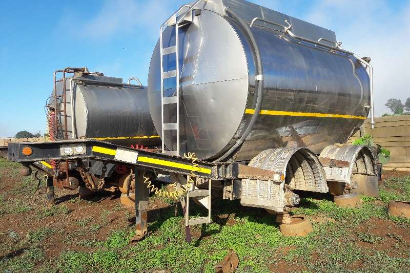 Trailers Stainless Steel Tank Used 8 000LT / 13 000LT Pup Tankers Available 1985