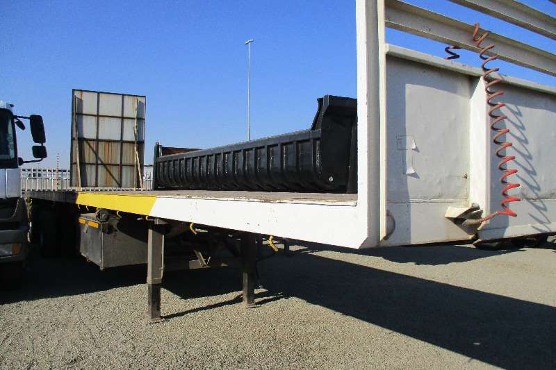 Trailers UBT 20m Extendable  tri Axle semi 2013