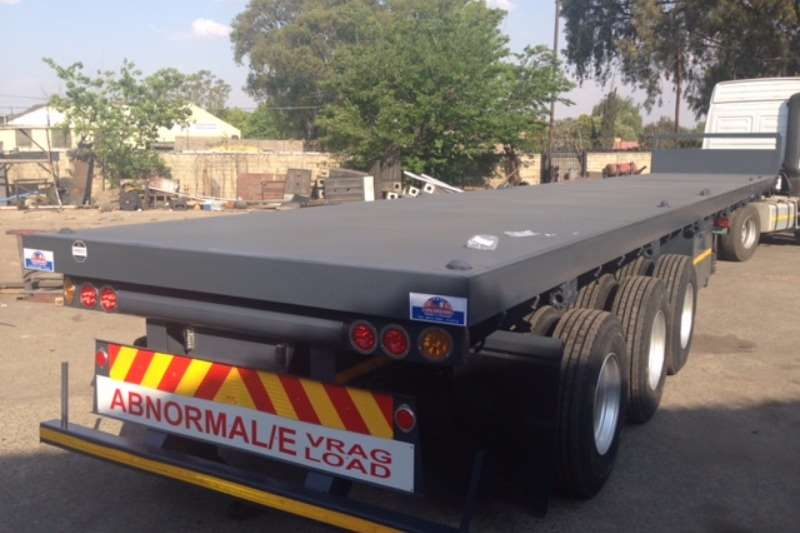 UBT Tri-Axle NEW Trailers