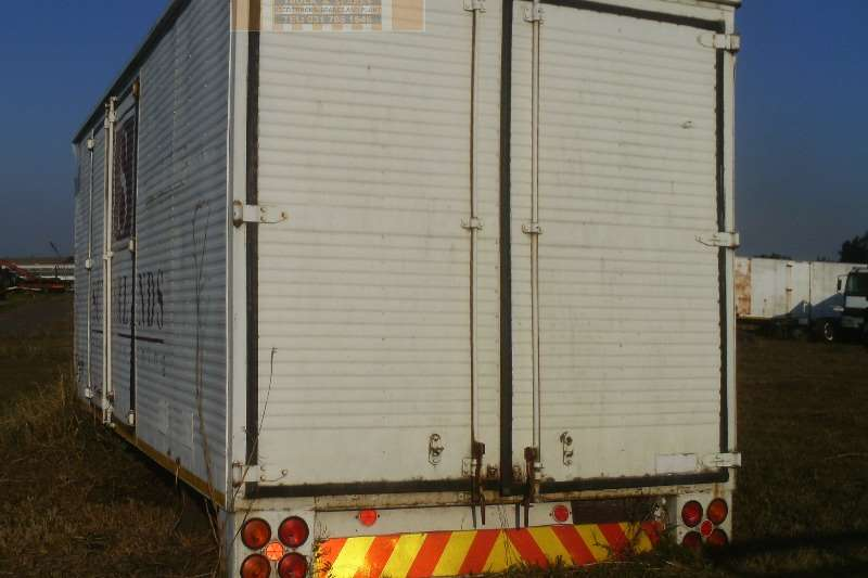 Closed and Pantech Bodies Truck bodies