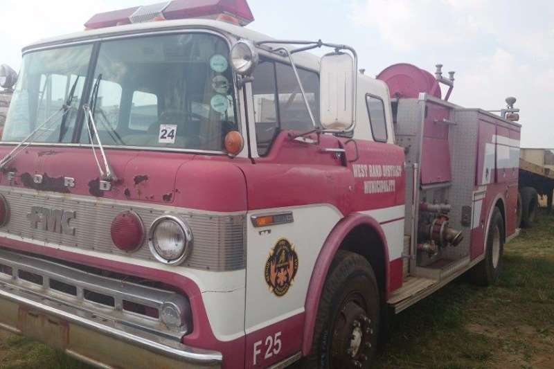 Truck Ford Other FMC Fire Truck 1984