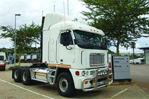 Truck Freightliner Argosy ISX500- 2009